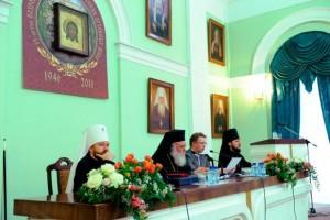 Archbishop Ieronymos Concludes His Visit to…