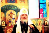 "We're not Clowns!""- Russian Patriarch Orders Clerics to Stop Going Viral"