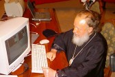 Patriarch Kirill urges Orthodox Christian bloggers to stop insulting each other