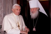 Patriarch Kirill thanks Benedict XVI for firmness, humility