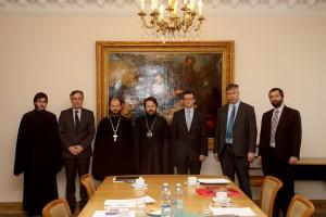Metropolitan Hilarion receives delegation of University…