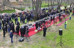 Serbia buries 13 victims of shooting…