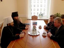 Metropolitan Hilarion meets with Deputy head…