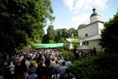 Crowds Attend Funeral of Murdered Priest in Russia's Pskov