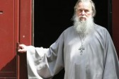 Pskov court detains man suspected of killing priest Pavel Adelgeim for two months