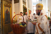 Metropolitan Hilarion: Through participation in church sacraments, we partake of the Divine light