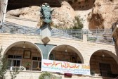 Syria: Rebel group demands hostage swap for kidnapped nuns