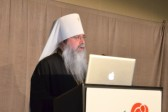 Metropolitan Tikhon offers invocation at annual Rose Dinner