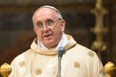 Pope prays for end of Kiev violence