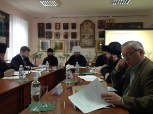Metropolitan Antonij chairs discussions on the course of theological education