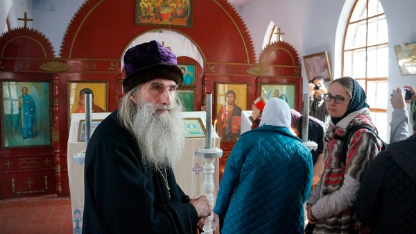 Pilgrims from Russia visit Orthodox churches in China