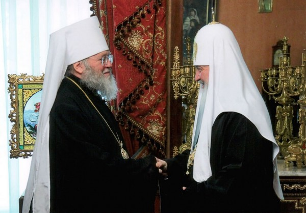 Metropolitan Hilarion of Eastern America and New York greets Patriarch Kirill on his namesday