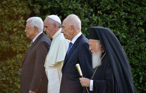 Three faiths pray for Holy Land peace