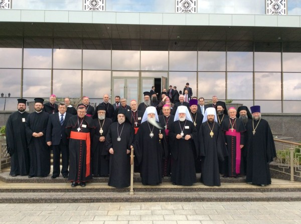 Belarus's President Alexander Lukashenko meets with participants in 4th Orthodox-Catholic Forum