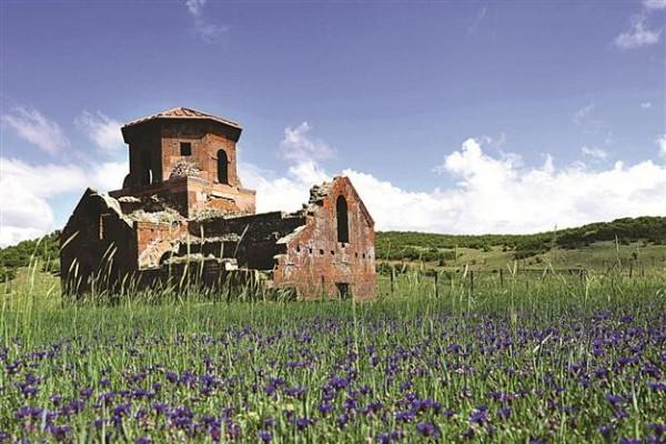 Centuries-old church rescued in Cappadocia
