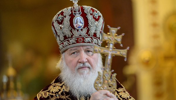 Patriarch Kirill Prays for Victims of the Moscow Metro Accident