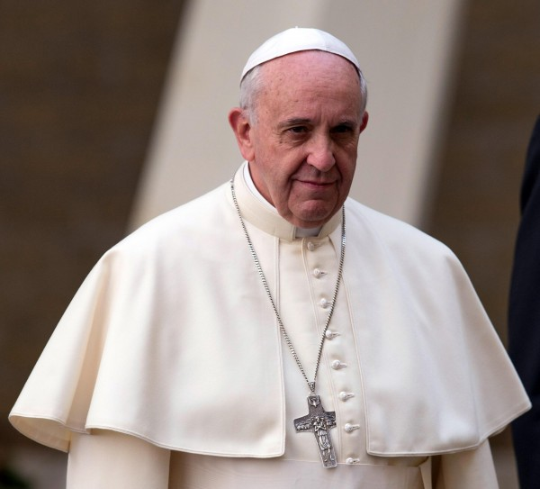Pope Francis Expresses Solidarity With Christians Driven From Middle East