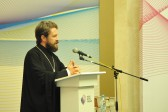 Metropolitan Hilarion speaks at a university post-graduates' summer debate camp