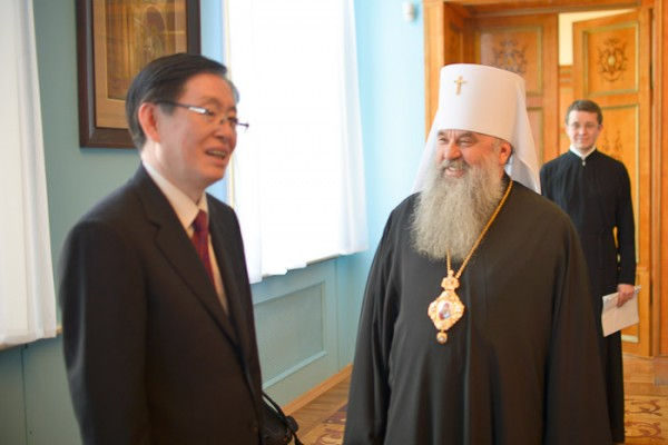 Metropolitan Varsonofy of St. Petersburg and Ladoga meets with Director of China's State Administration for Religious Affairs