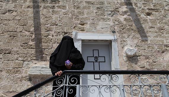 Gazans find sanctuary in ancient church
