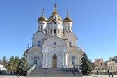 Six hurt in firing at Gorlovka cathedral