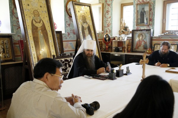 Metropolitan Georgy of Nizhny Novgorod and Arzamas meets with delegation of Chinese specialists from Hubei Province and city of Wuhan