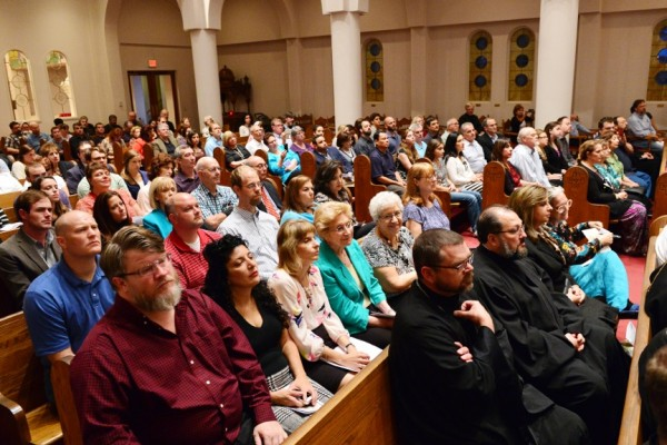 Annual Episcopal Assembly opens with clergy-laity gathering in Dallas
