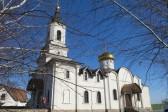 Ukrainian Army shells Donetsk monastery
