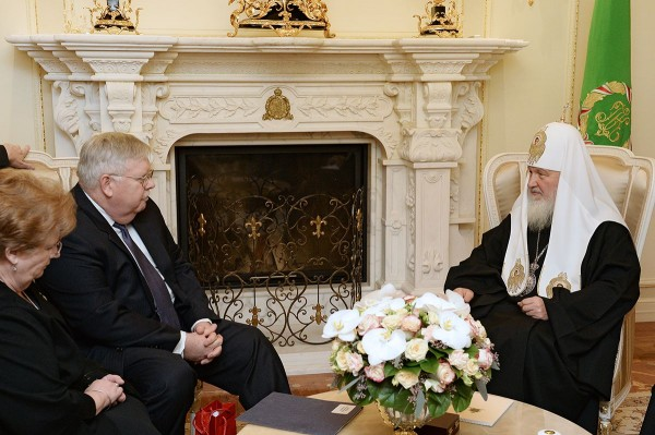 Patriarch Kirill meets with new US Ambassador