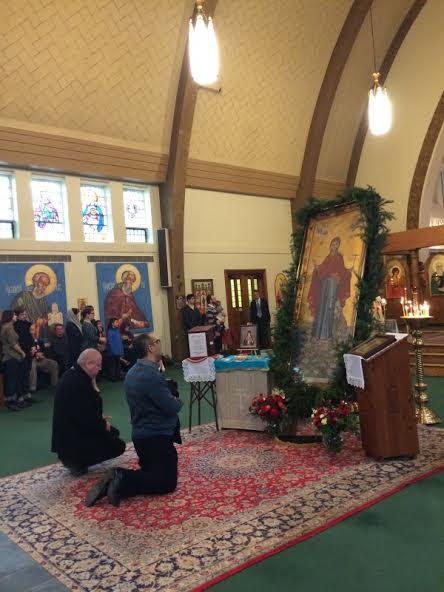 2014-1201-bpirenee-enthronement2