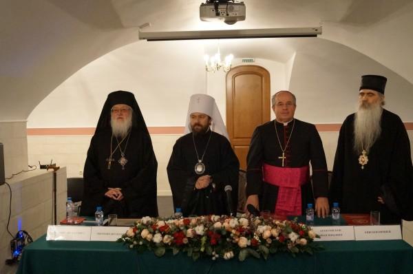 Metropolitan Kallistos of Diokleia received title of Doctor Honoris Causa of Ss Cyril And Methodius Theological Institute Of Post-Graduate Studies