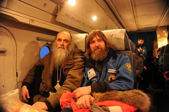 Bishop Iakov together with a well-known Russian traveler and priest, Fr. Fyodor Konyukhov