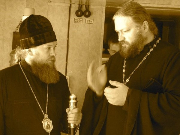 August 23, 2012, His Emminance Vladika met the Holy Apostle Andrew church ship in Orda.