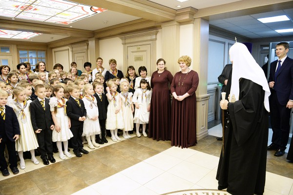 Patriarch Kirill tried the role of a schoolboy at the Moscow Region Gymnasium