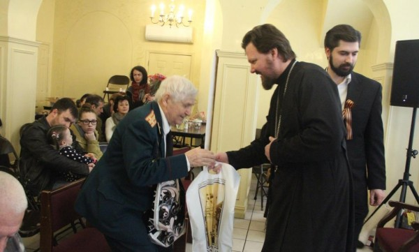 Honoring Of the veterans of World War II takes place in St. Nicholas Church in New York