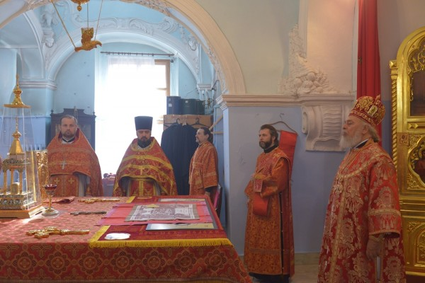 Prayer in the Church of Antioch Moscow representation for Christian hierarchs kidnapped two years ago