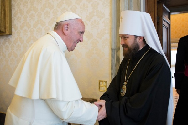 Metropolitan Hilarion of Volokolamsk meets with Pope Francis