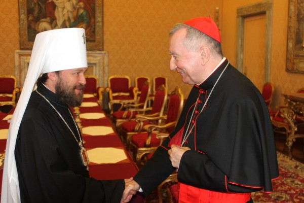 Metropolitan Hilarion meets with Vatican Secretary of State and Presidents of Pontifical Councils for family and promoting Christian unity