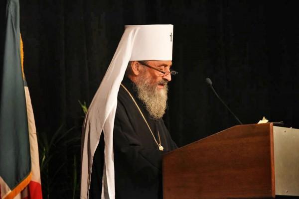 Metropolitan Onufry recalls St. Tikhon's ministry during banquet address
