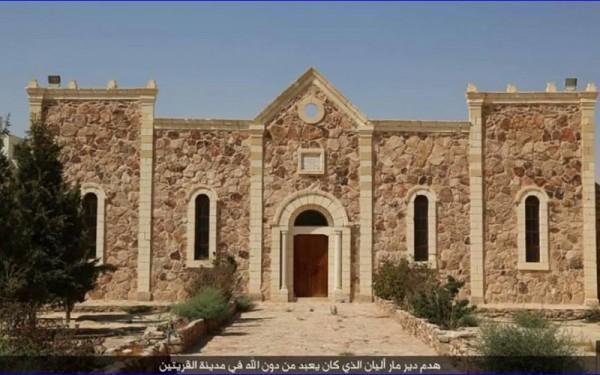 ISIS bulldozes ancient Syrian monastery