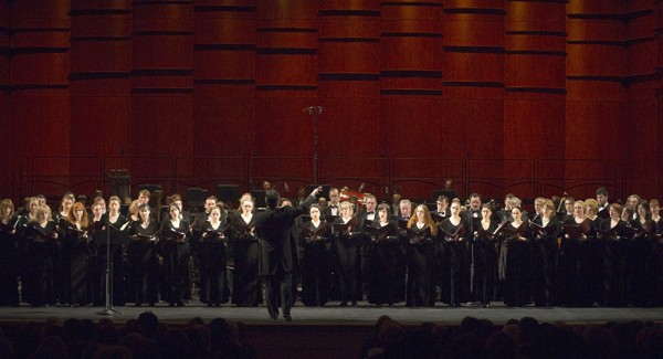 Moscow Synodal ChoirMoscow Synodal Choir Sings at St. Nicholas' Reliquary in Bari