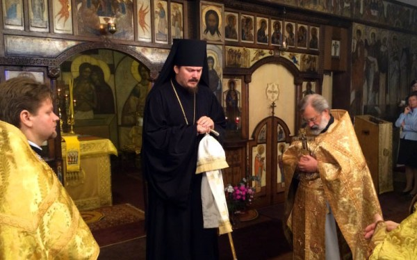 Prayer lifted up in Сathedral of the diocese of Chersonese for victims of terrorist actions in Paris