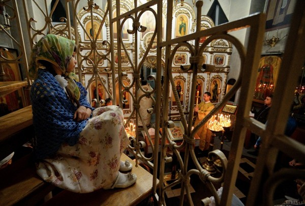 How Russia Celebrates Orthodox Christmas – Photo Report