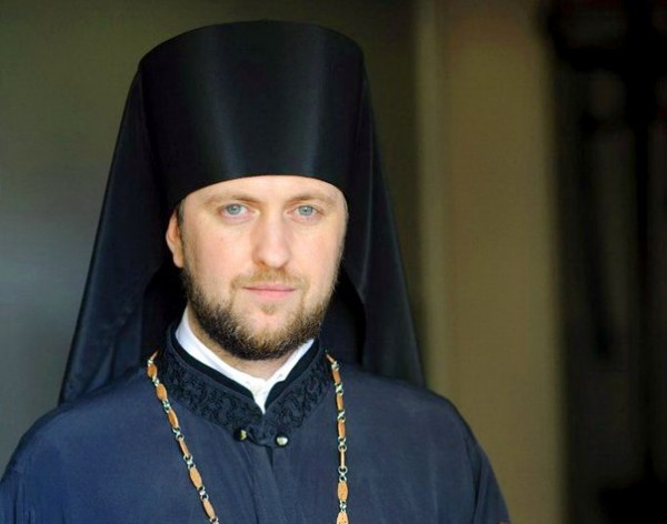 Orthodox priest complains to German authorities about harassment on Christians at refugee camps