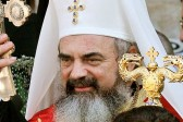 Romanian Orthodox metropolitan urges faithful to sign petition against redefining marriage
