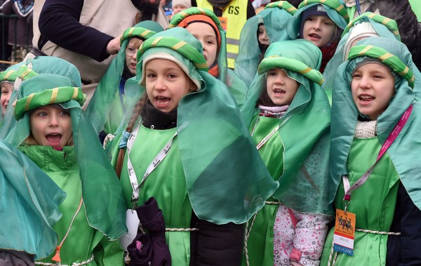Children dressed as the Magi attend the traditional Epiphany parade in Warsaw Jane Skarzynski/AFP