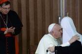 Patriarch Kirill and Pope Francis Embrace at First Meeting in 1,000 Years