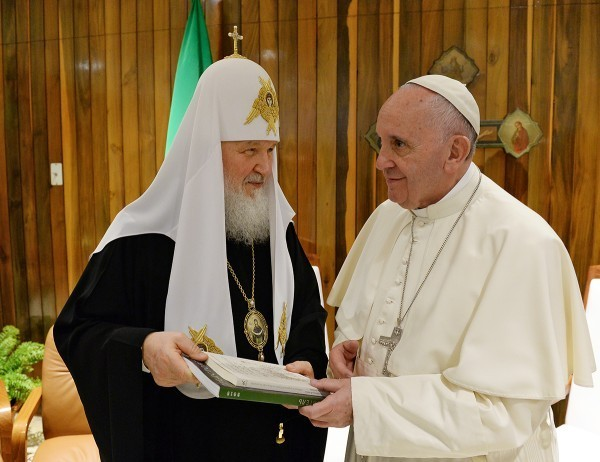Pope Francis Shows Satisfaction after Meeting with Russian Patriarch