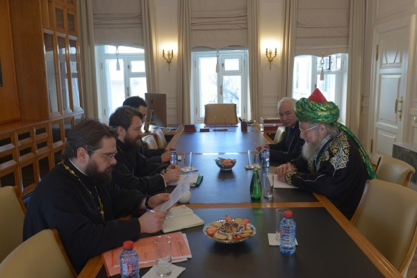 Metropolitan Hilarion meets with Sheikh Ul-Islam Talgat Tadjuddin