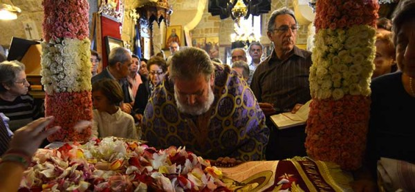 Cyprus marks Good Friday (PICTURES)